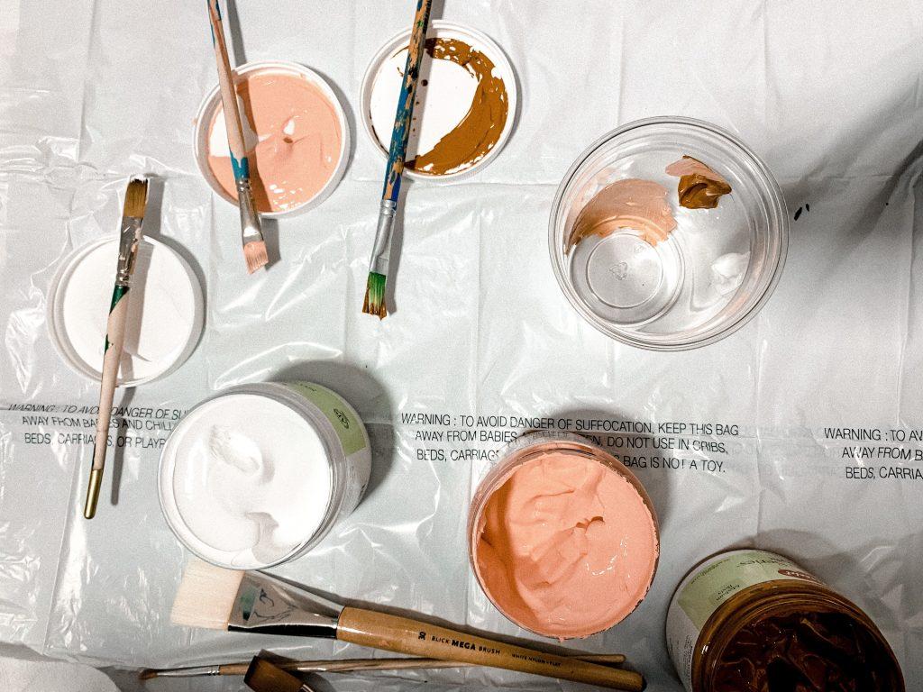 Location d'extracteurs d'air pour des travaux de peinture
